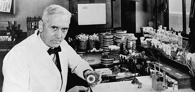 Alexander Fleming在一次意外中發現盤尼西林